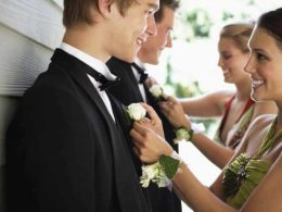 31 Strange Fact You Need To Know About Prom Night Today