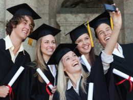 17 Easiest Scholarships to Apply For At Anytime
