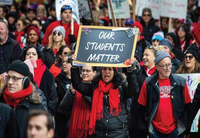 US teachers union endorses risk strikes